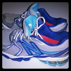 New Balance Womens Running Shoes Blue & Silver